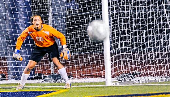 """<span style=""""overflow: hidden; float: left; width: 360px;"""">2015 GIRLS SOCCER PREVIEW</span> <span id=""""fa_link"""" style=""""float: left; text-align: center; width: 151px; height: 22px;""""><a href=""""/article/content/girls-soccer-2015-pac-10-team-team-preview-capsules-0022026""""><img src=""""/profiles/s1s/themes/s1s_classic/images/main_fullarticle.gif"""" style=""""position:relative;""""/></a></span>"""